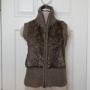 Cabi Sweater Vest Style 167 Zip Brown Faux Fur